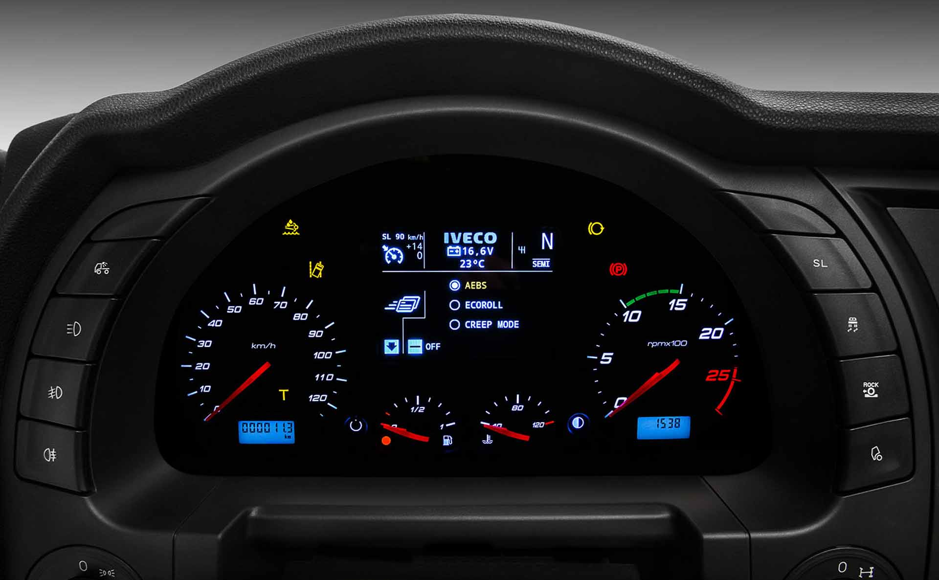 iveco-new-stralis-xp-dashboard_27852929165_o