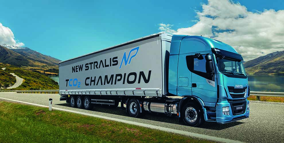 New-stralis-np-gas-truck-02